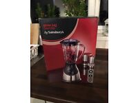 Glass jug blender - BRAND NEW!