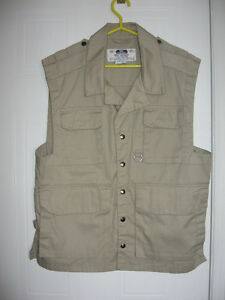 Tilley Vest of Many Pockets