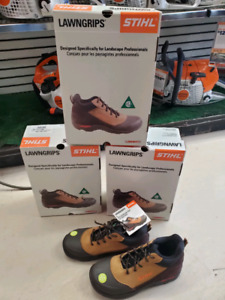 NEW STIHL LAWNGRIPS SAFETY SHOES CSA PRO IN STOCK CLEAROUT $75.