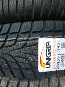 NEW 225/40/R18 COMFORSER WINTER SNOW TIRES
