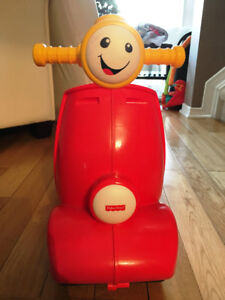 Laugh & Learn Smart Stages Scooter