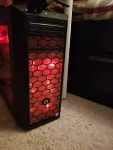 CYBERPOWERPC Desktop gaming pc includes peripherals and monitor