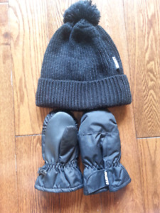Gusti Hat and Mitts