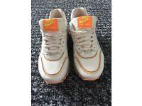 Nike air max size 3
