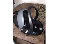 BeSafe iZi Go X1 Car Seat & IsoFix Base