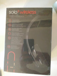 Beats Solo 2 Wireless Headphones - Black-Brand New Cambridge Kitchener Area image 1