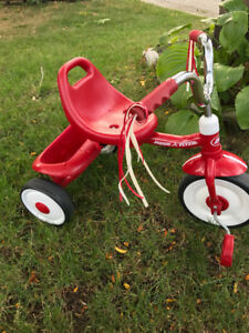 Excellent condition radio flyer tricycle