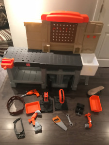 Step 2 Toy Bench Playset - Great Christmas Gift!