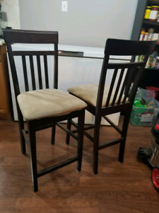 2 Chairs (good for high table or bar)