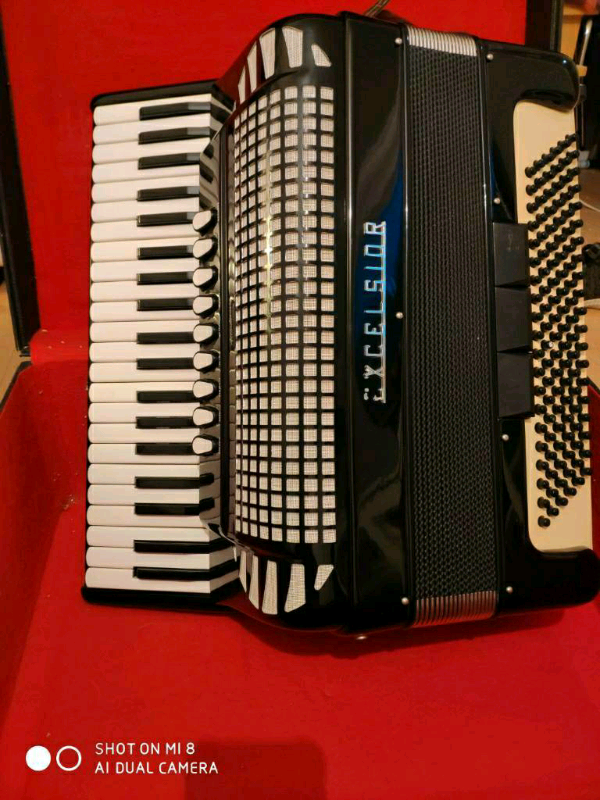 Italian piano accordion musette | in Hemel Hempstead, Hertfordshire |  Gumtree
