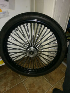 21 inch straight laces 48 spoke black powder coated front wheel.
