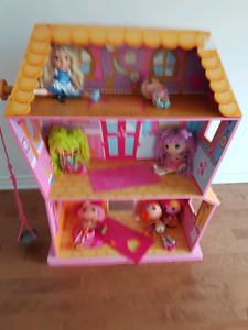 Lalaloopsi doll house + dolls