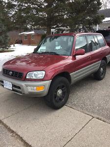 2000 Toyota RAV4 SUV, Crossover