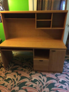 Used Office desk in excellent condition
