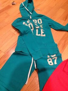 Aeropostale Sweatshirt & Pants London Ontario image 2