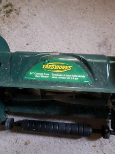 YardWorks Push Mower (Like New)