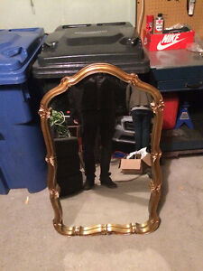 Bassett Mirror Company Hanging Wall Mirror West Island Greater Montréal image 3