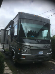 2010 Georgetown Forest River Class A RV