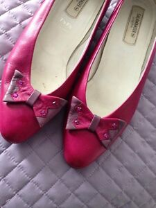 Genuine leather shoes like new Size 10