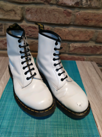 Dr Martens White boots size 10 8 eyelets punk skinhead oi ska