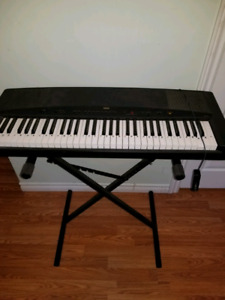Yamaha YPP-35 Keyboard with stand