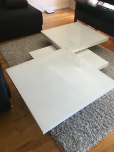 Swivel white coffee table