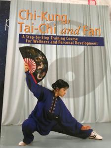 YORK PKIN - TAI-CHI BOOK -  GREAT CONDITION