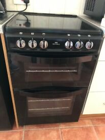 New world free standing cooker