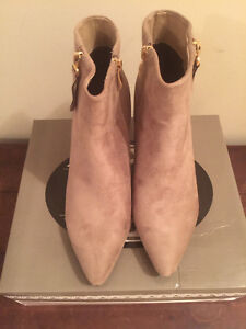 SERGIO BARI ANKLE BOOTIE IN TAUPE (BRAND NEW NEVER USED)