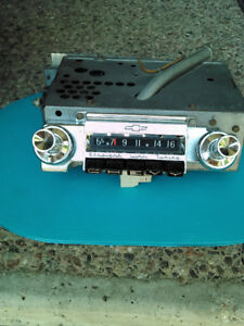 Original Delco push-button car radio for 1961 Chevrolet