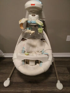Fisher Price baby Swing (plugs in)
