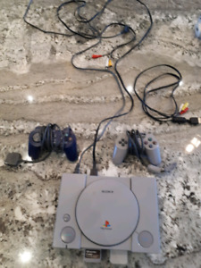PSX / Playstation one with Spyro the Dragon