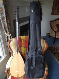 Baglama--excellent, like new
