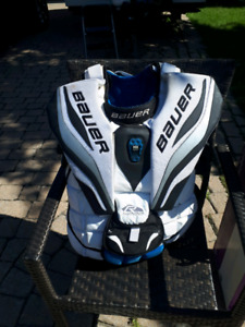 Plastron Bauer R4000