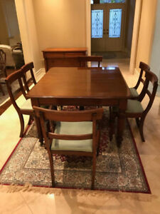 Early Victorian Antique 8 PC dining table set
