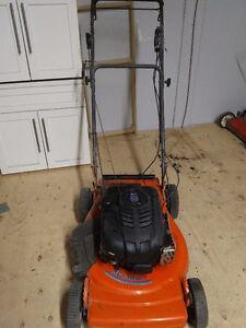 Husqvarna 560SR lawn mower