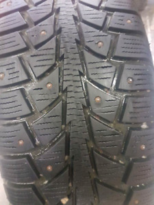 4 Studded winter tires off 2015 Hyundai Elantra