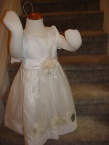 Special Occassion Dress/Lined Flower Girl Dress NEW sz3 Peterborough Peterborough Area image 2