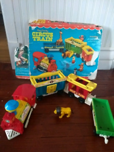 Circus train Fisher Price