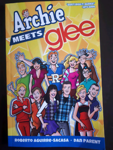 ARCHIE MEETS GLEE GRAPHIC NOVEL