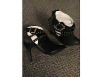 Brand new new look uk 4 heeled boots