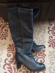Tommy Hilfiger boots.