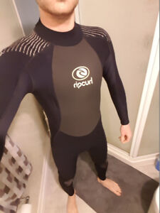 iso scuba diver to buddy breathe with in pool