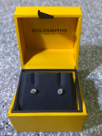 Beautiful Diamond and White Gold Earrings