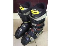 *** SOLD *** Ladies Lange ski boots UK6 *** OPEN TO OFFERS ***