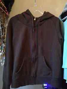 Women's clothing for sale Sarnia Sarnia Area image 1