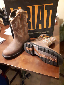 Brand new womens ariat boots