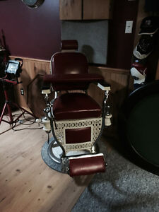2 GREAT condition Theo A Kochs Barber Chairs Kawartha Lakes Peterborough Area image 6