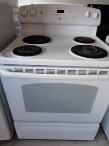 Frigidaire Coil Stove in Great Condition