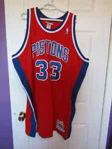Detroit Pistons  Jersey GRANT HILL Mens 56 Cambridge Kitchener Area image 1